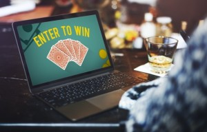 Why Should You Play At Online Casinos?